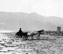 Monte Circeo visto dalla spiaggia di levante verso Terracina