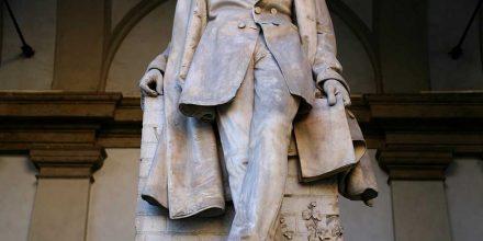 Vincenzo Vela, <em>Monumento a Tommaso Grossi</em>, 1858