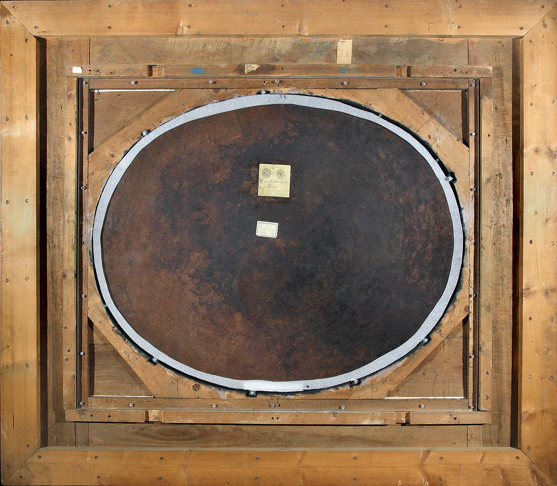 Il retro del dipinto in cornice: si osserva la lastra in rame e la struttura in policarbonato trasparente che la contiene (fig. 7)